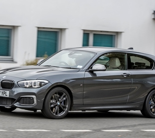 Square p90281501 highres bmw m140i