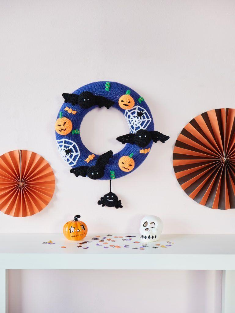 Sarah-Murray-Spooky-Halloween-Decorations-Cygnet-DK-1-769x1024-1