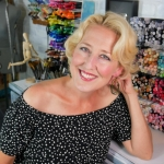 Lindsay Weirich - The Frugal Crafter