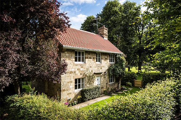A quaint english heritage holiday cottage