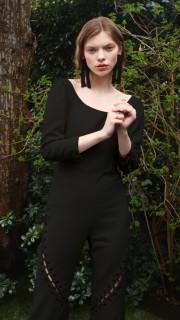 Alexandra Kaiser items on curated-crowd.com