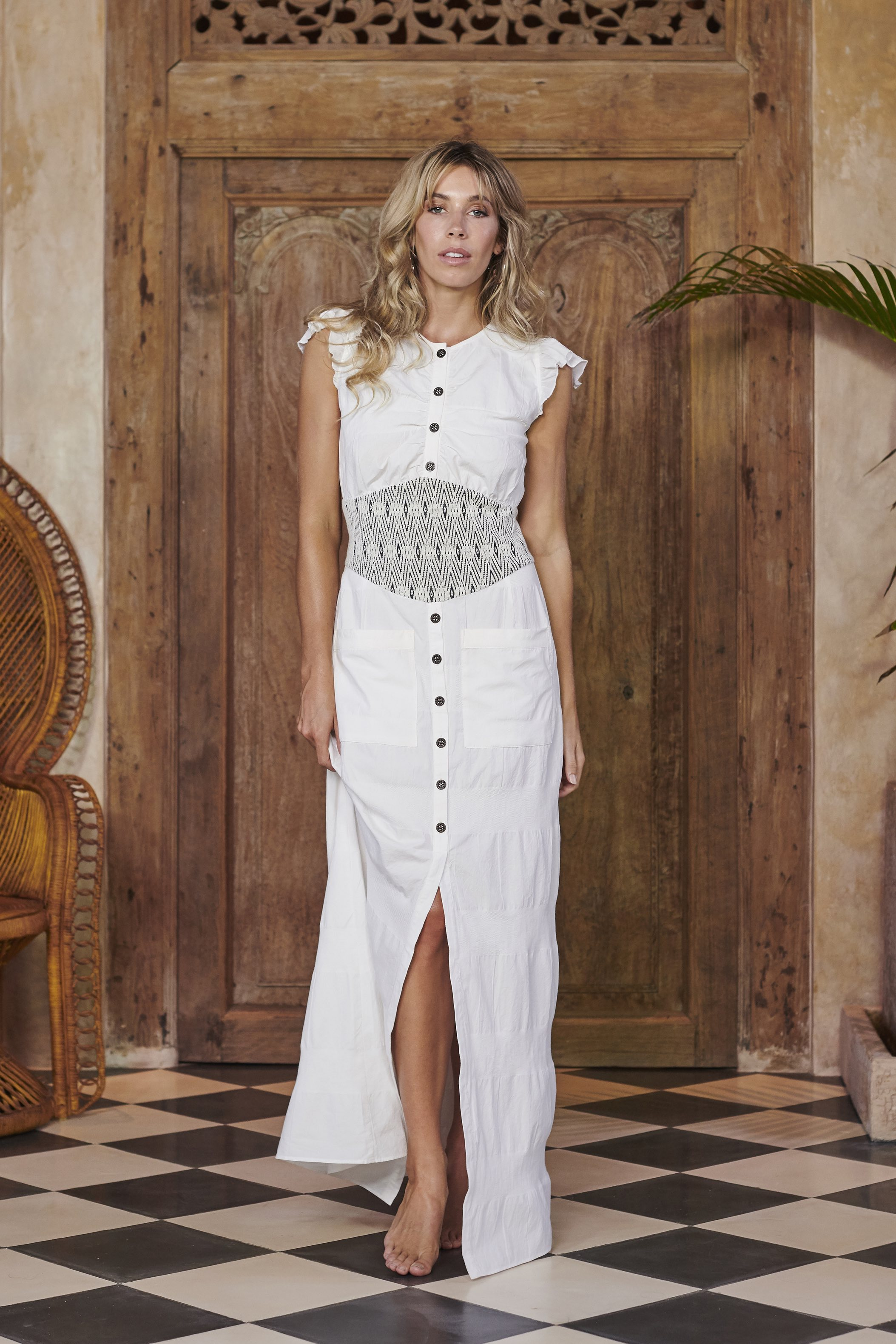 Queen Dress in White Cotton by Akosée on curated-crowd.com