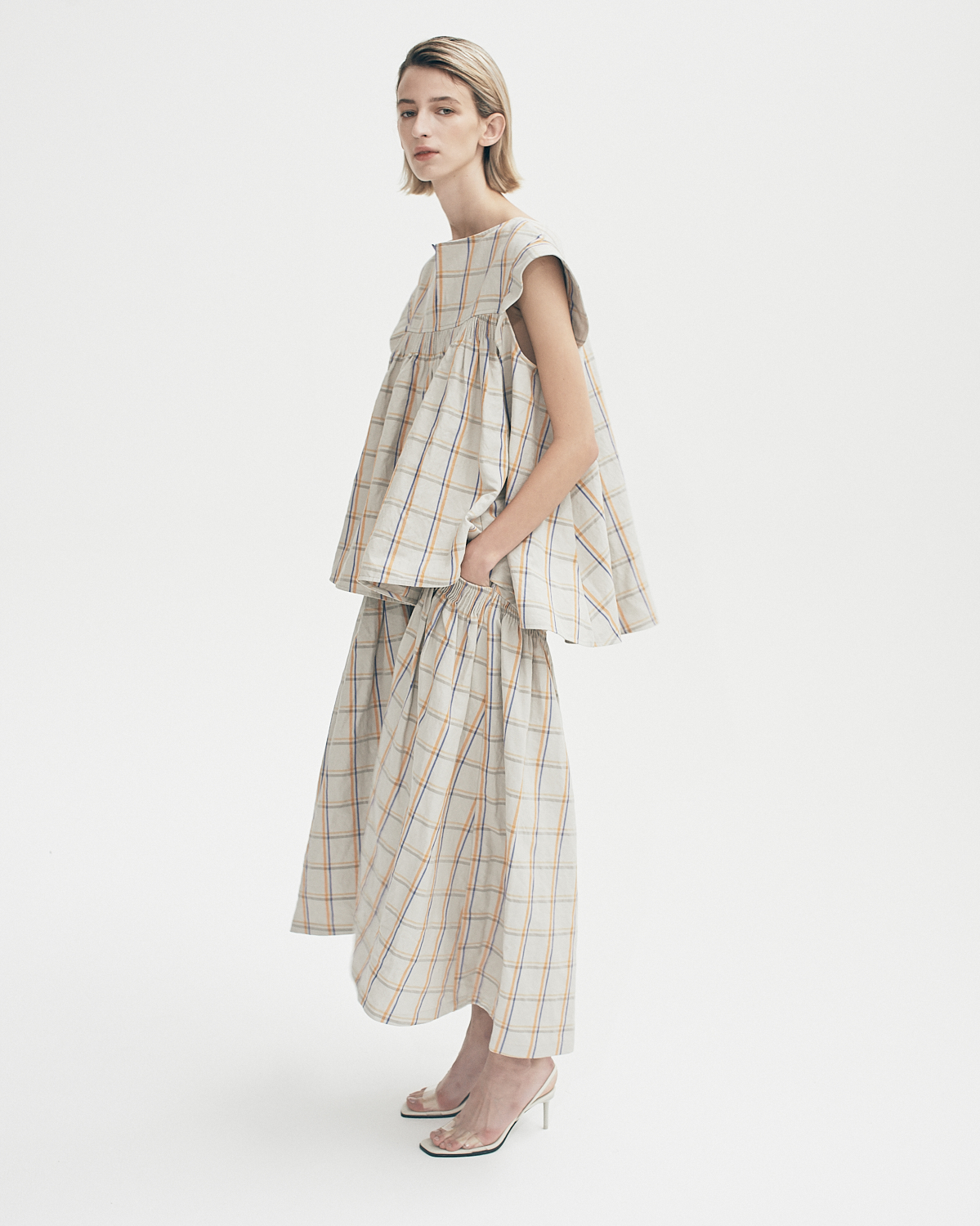 Fairfax Linen Check Large Smock Pocketskirt by Teija on curated-crowd.com