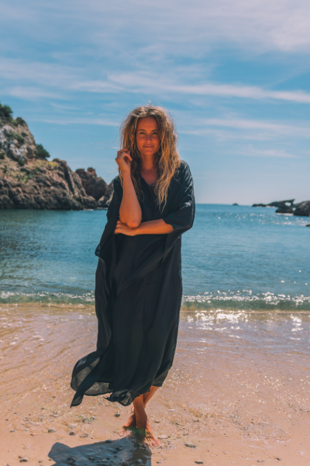 BLACK IBIZA by A Perfect Nomad on curated-crowd.com