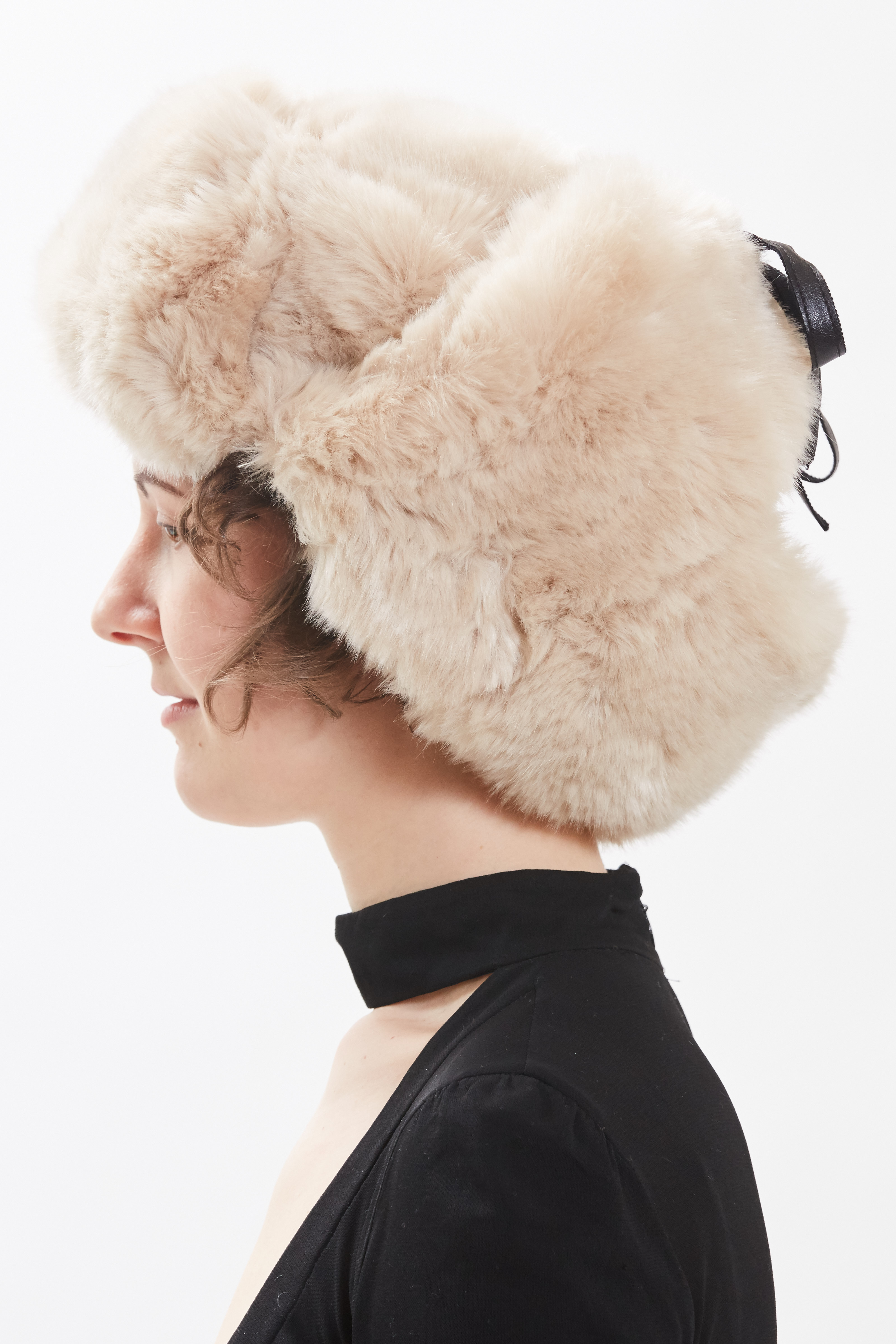 Trapper Hat - Crème by Maison Atia on curated-crowd.com