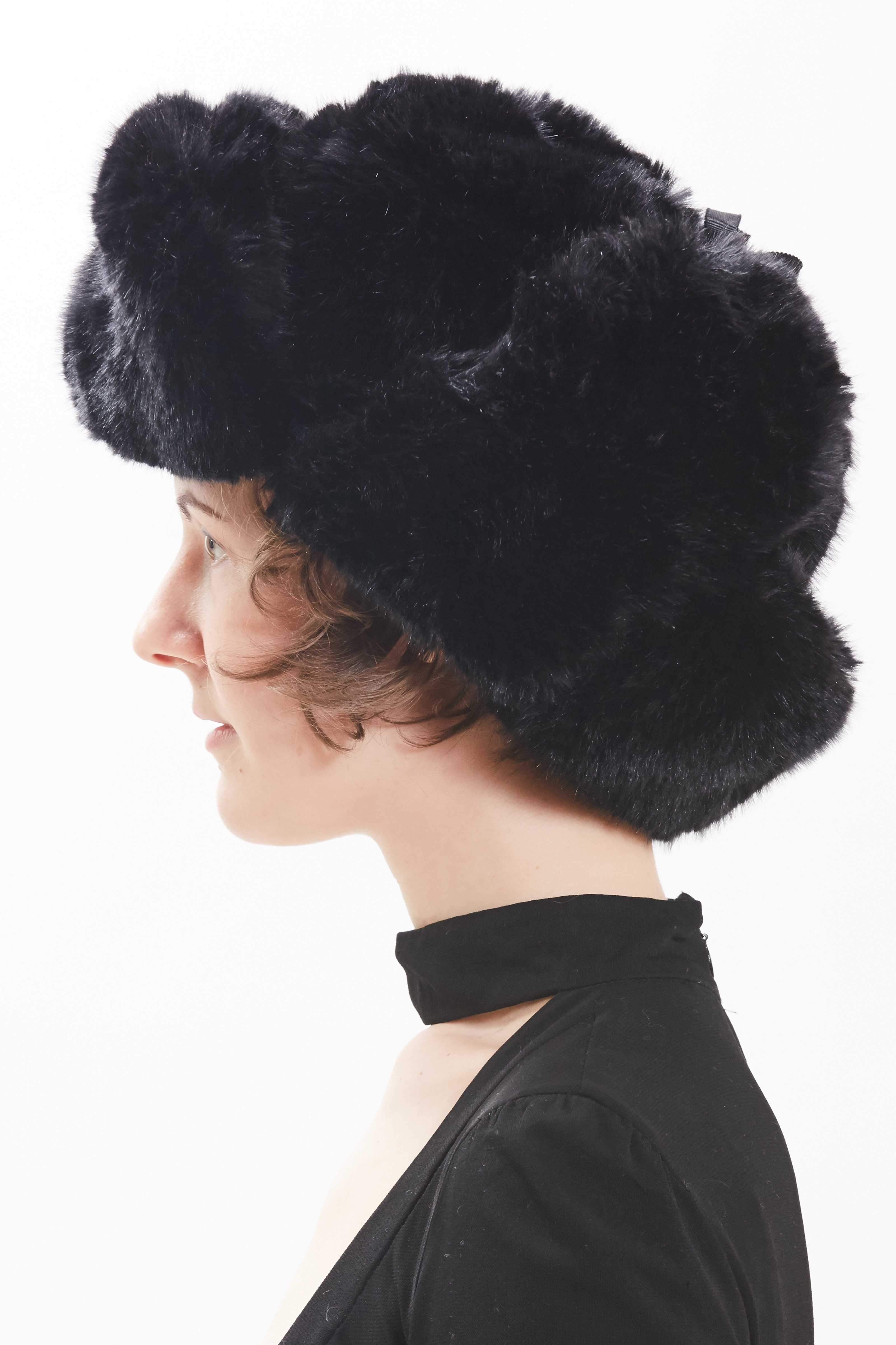 Trapper Hat - Noir by Maison Atia on curated-crowd.com