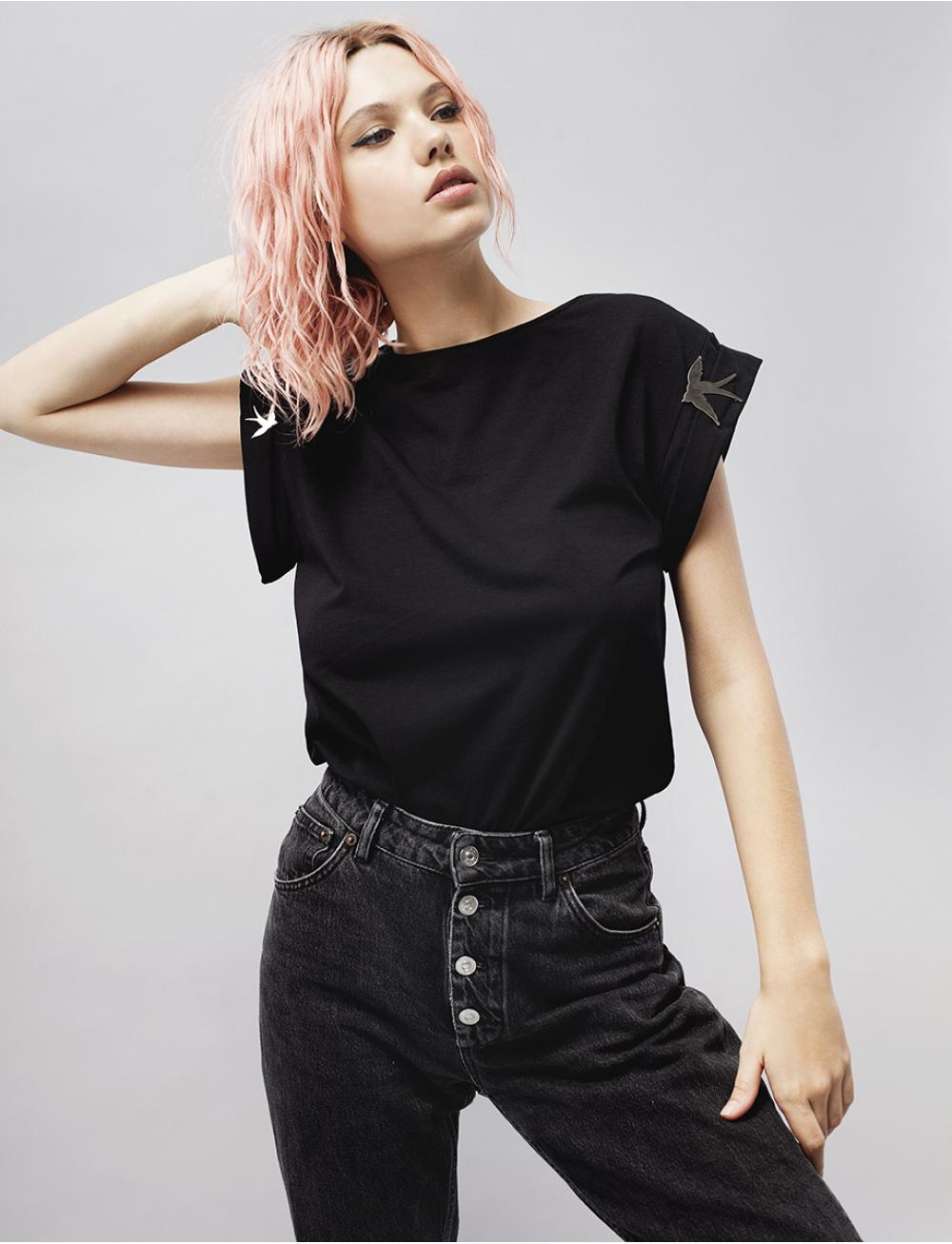 Bird Toy T-shirt - Black by Manurí on curated-crowd.com