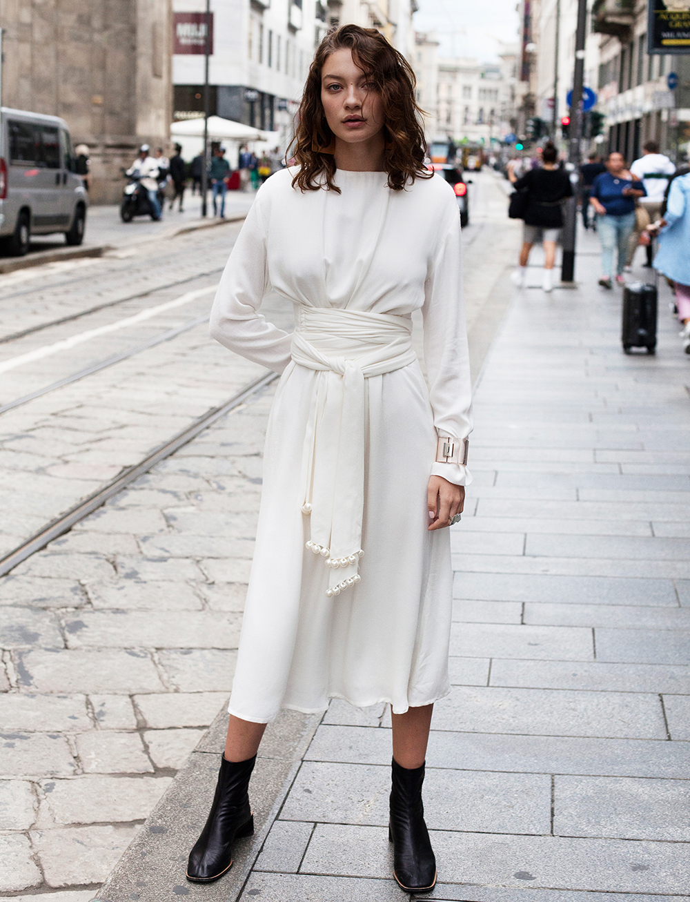 Kaleida Dress - White by Manurí on curated-crowd.com