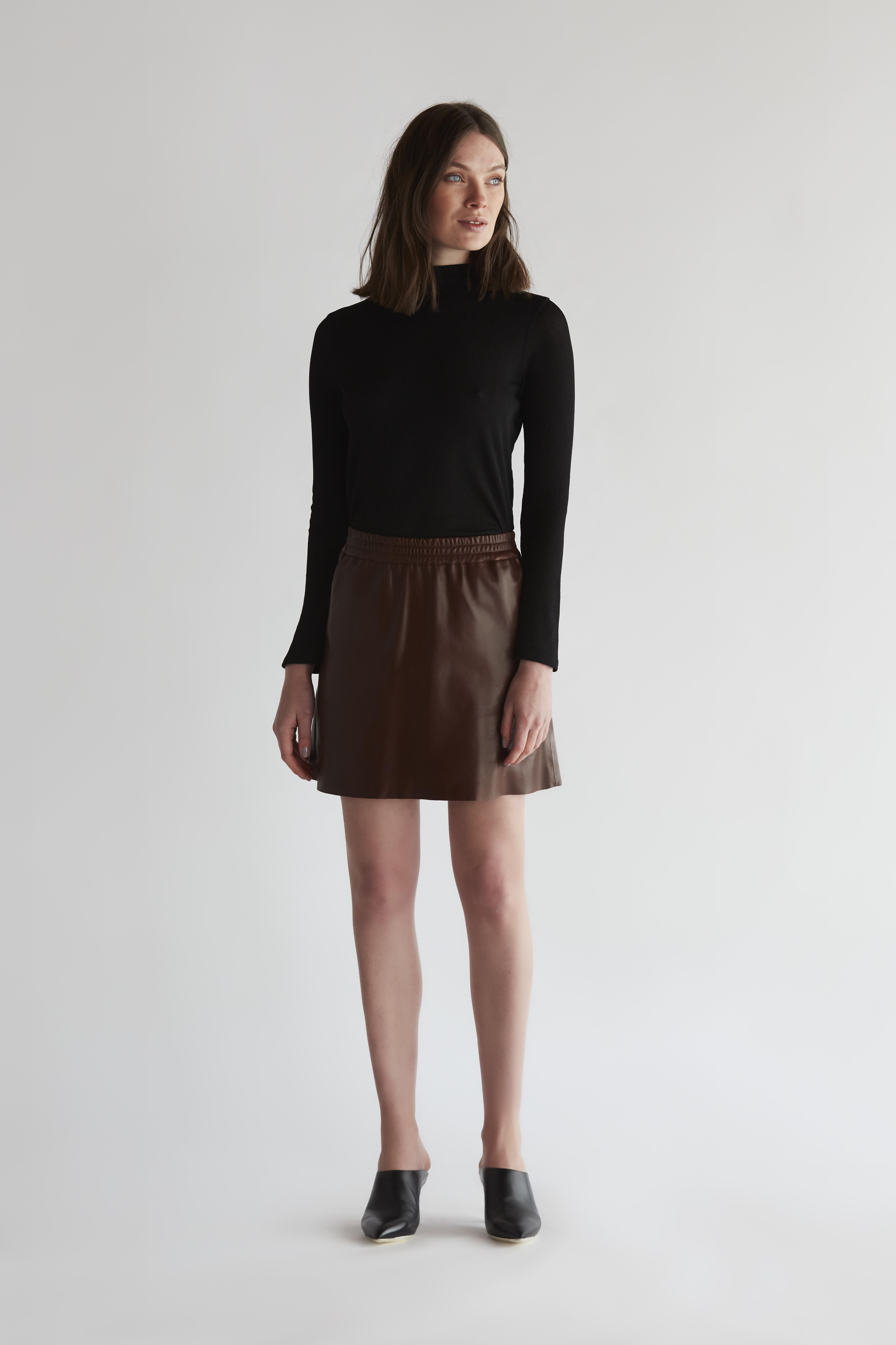 Short Leather skirt - Khaki by The Ruf on curated-crowd.com