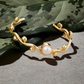 Curvez Pearl Bracelet by Jill Hopkins Jewellery on curated-crowd.com