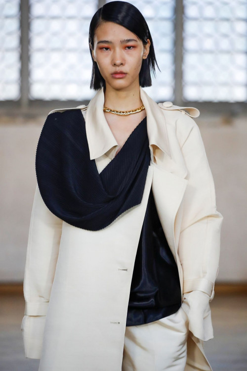 Classic Trench Coat by Sharon Wauchob on curated-crowd.com