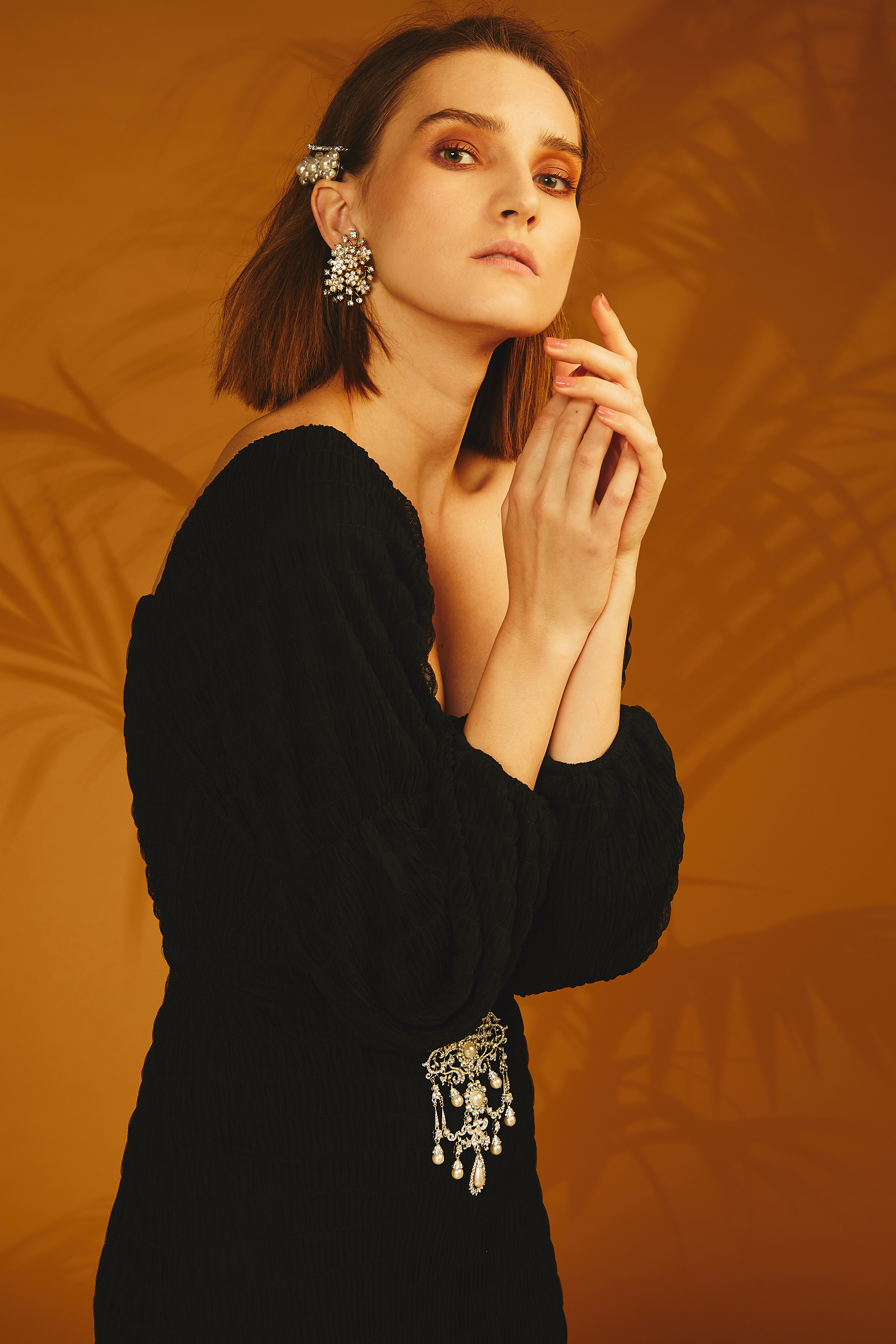 Flower Strass Earrings by Jessica K on curated-crowd.com