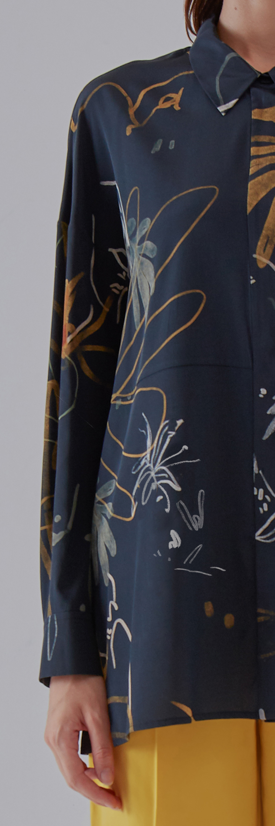 Subtle Shirt - Blue by Laika on curated-crowd.com