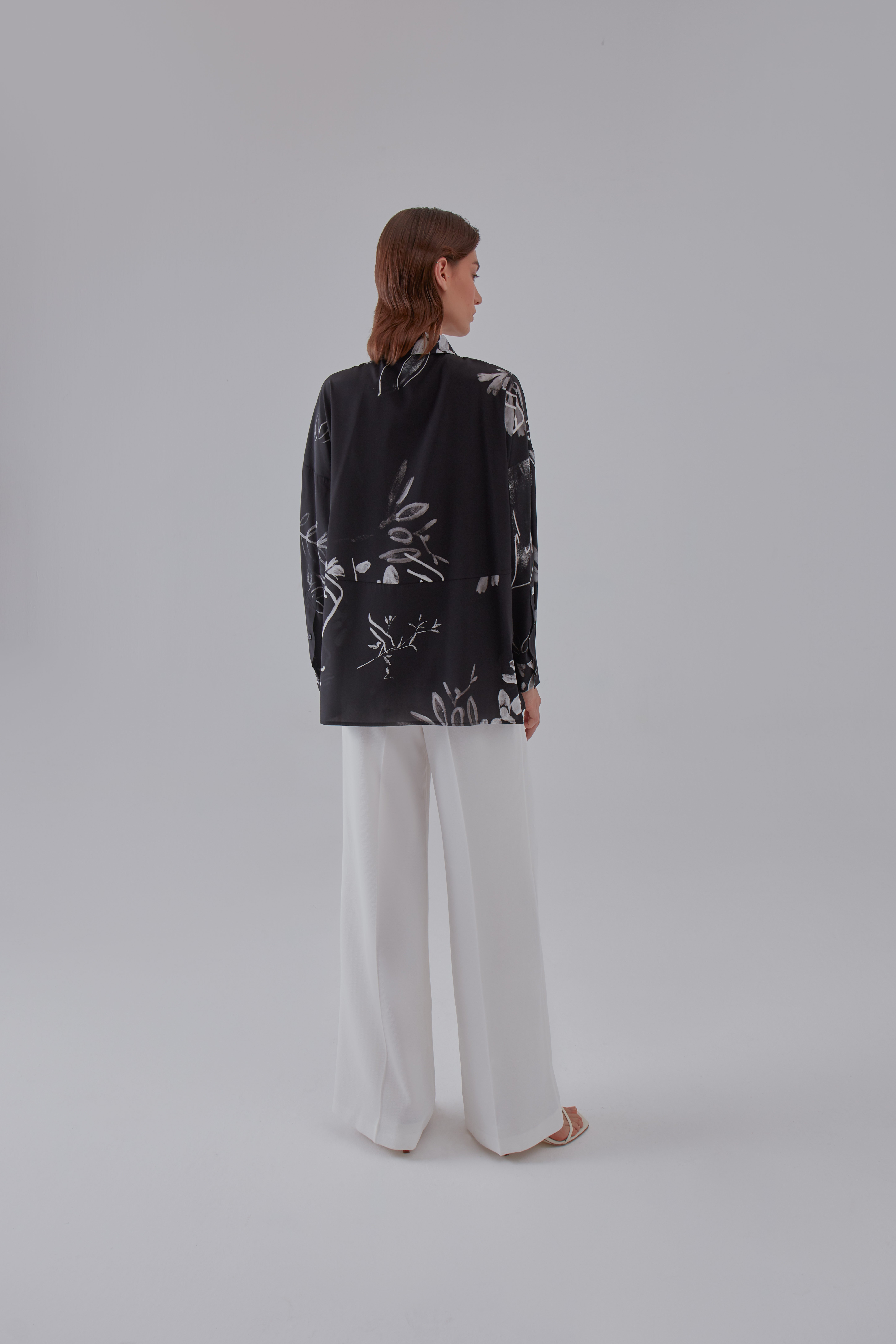 Subtle Shirt - Black by Laika on curated-crowd.com
