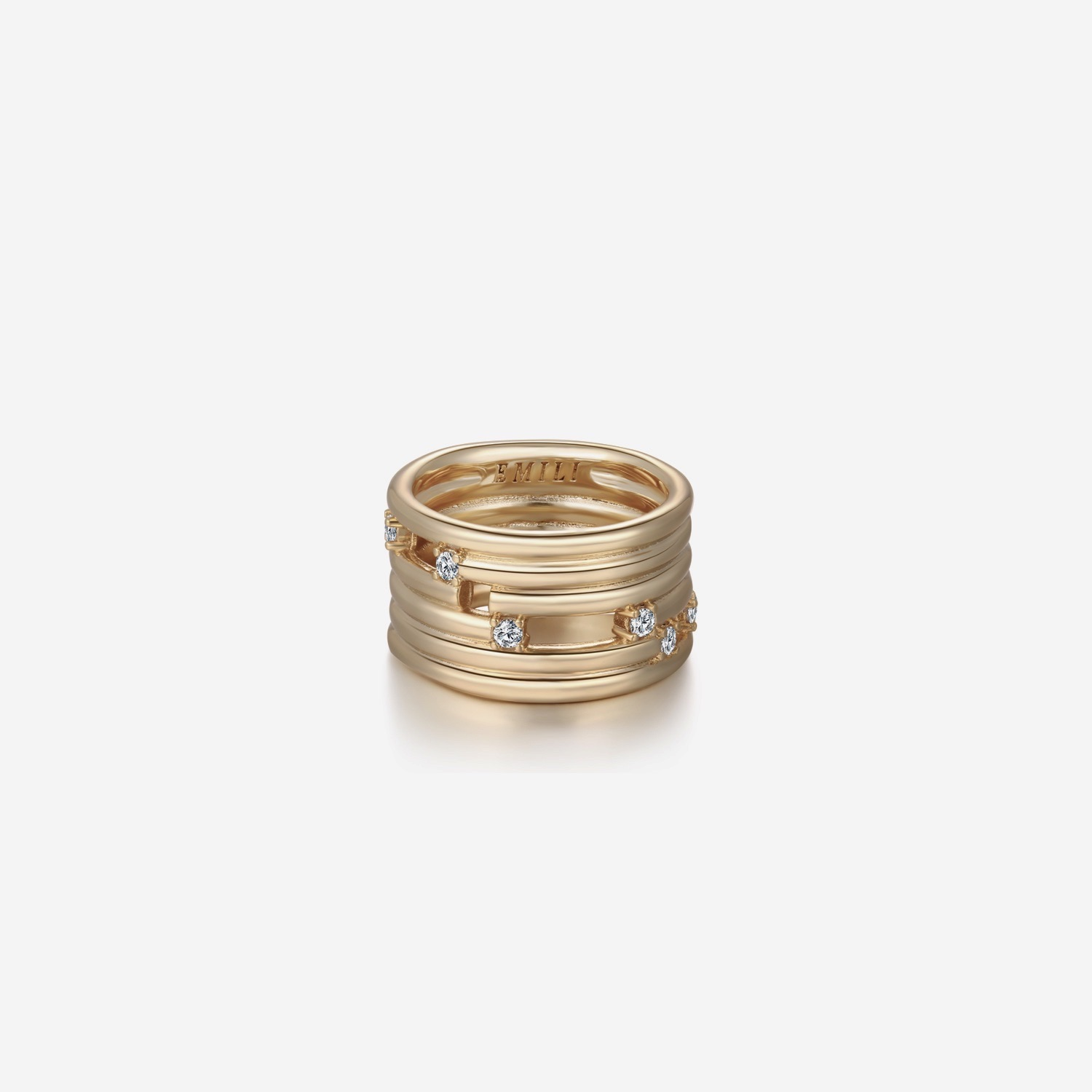 Jules - Gold by Emili on curated-crowd.com