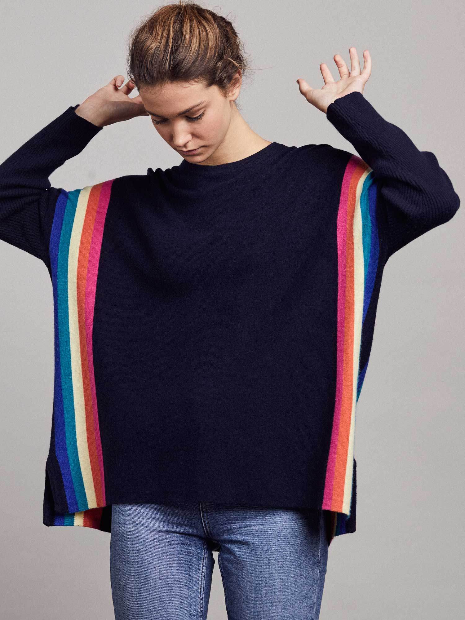 Alex Jumper – Yacht/Rainbow by LAM on curated-crowd.com