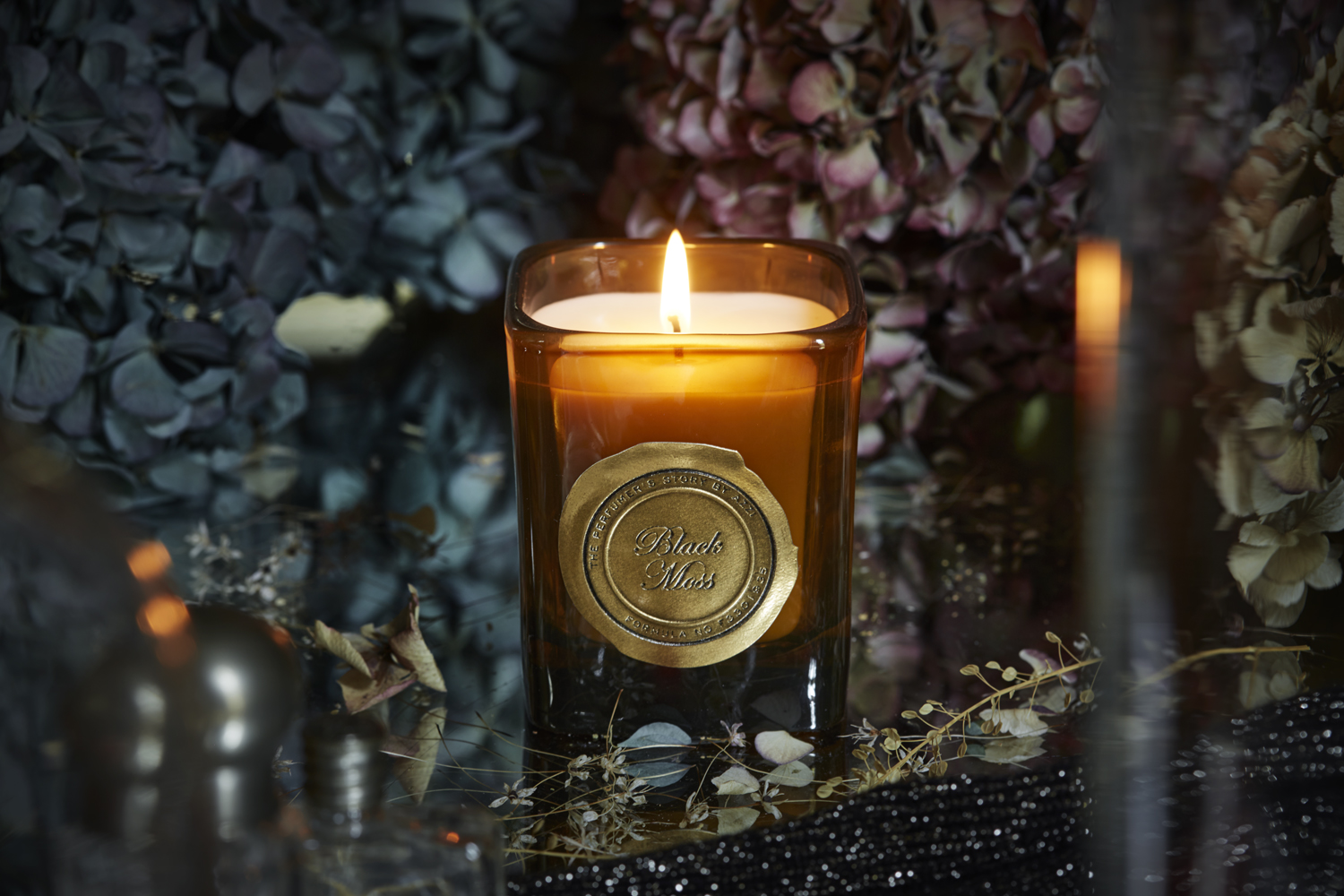 Black Moss Candle 180g by The Perfumer's Story by Azzi on curated-crowd.com
