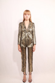 Chercher Blazer by Rue Agthonis on curated-crowd.com