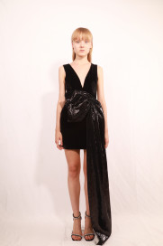 Chambre Dress by Rue Agthonis on curated-crowd.com