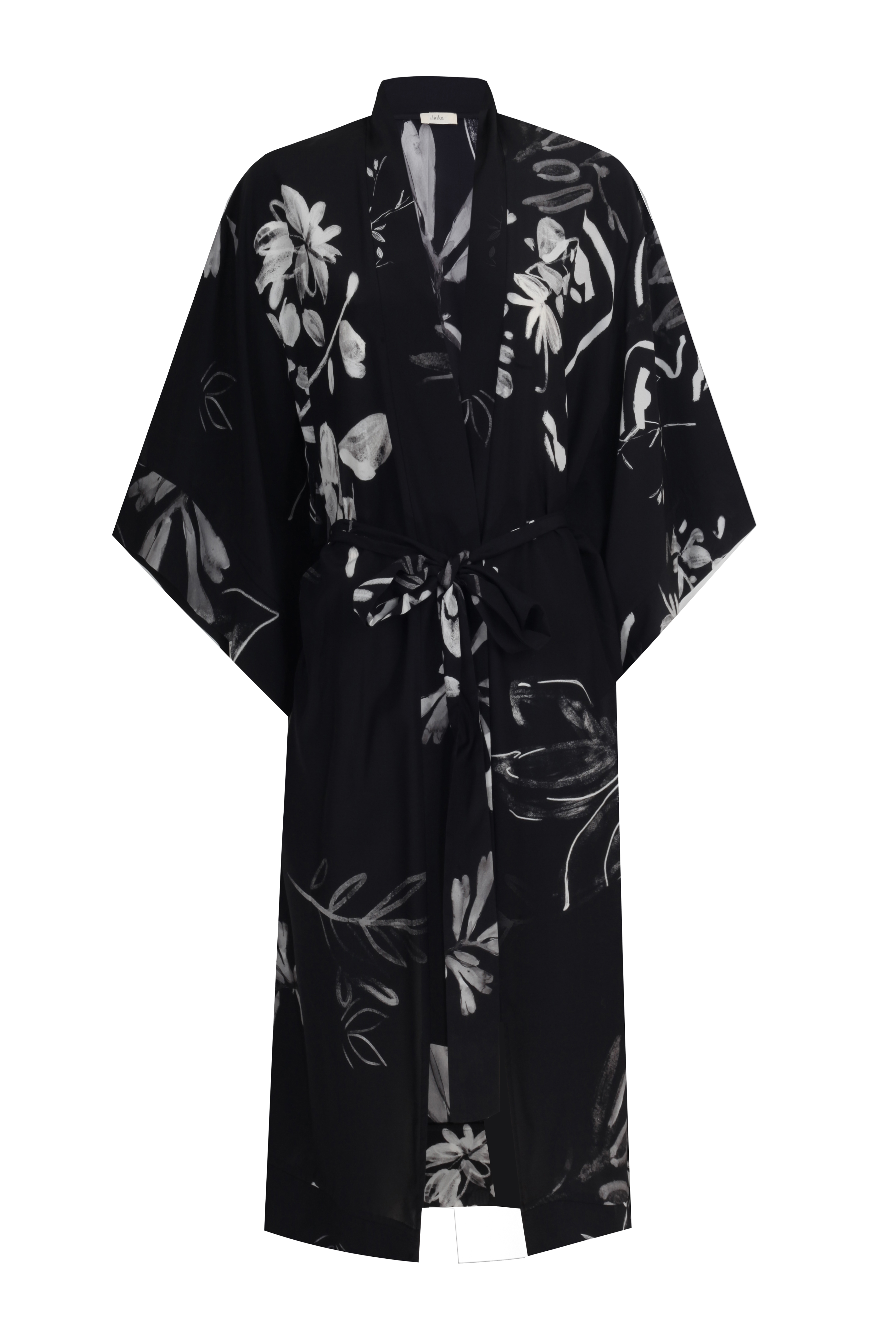 Yoko Kimono - Black by Laika on curated-crowd.com