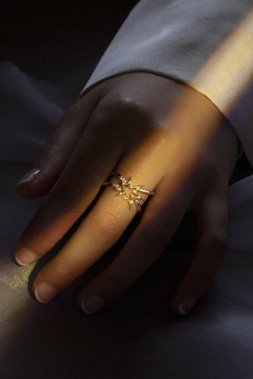 Crossette Ring by LeSter on curated-crowd.com