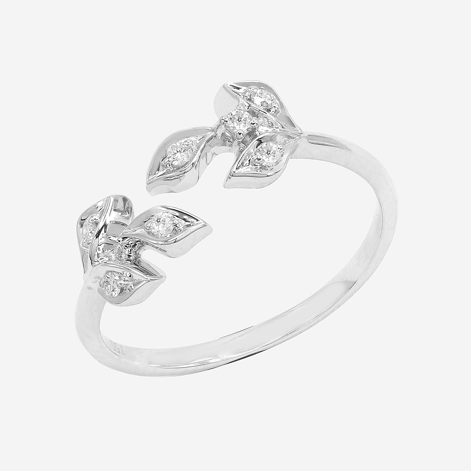 Aisha Ring by Amira Karaouli on curated-crowd.com
