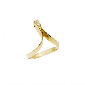 Photon Champagne Diamond Ring by Daou Jewellery on curated-crowd.com