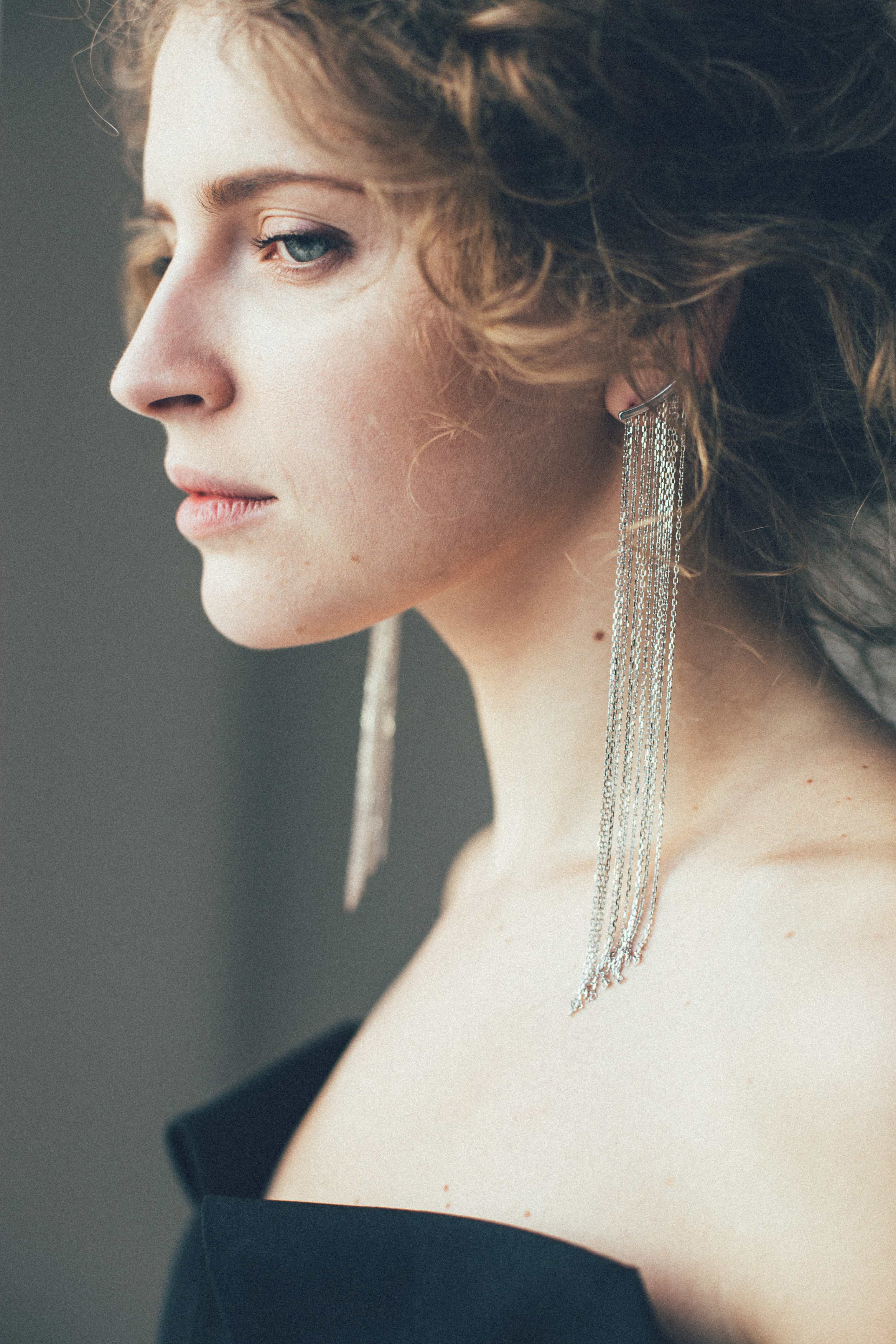 Chain Earrings - White Gold by Guzema Fine Jewellery on curated-crowd.com