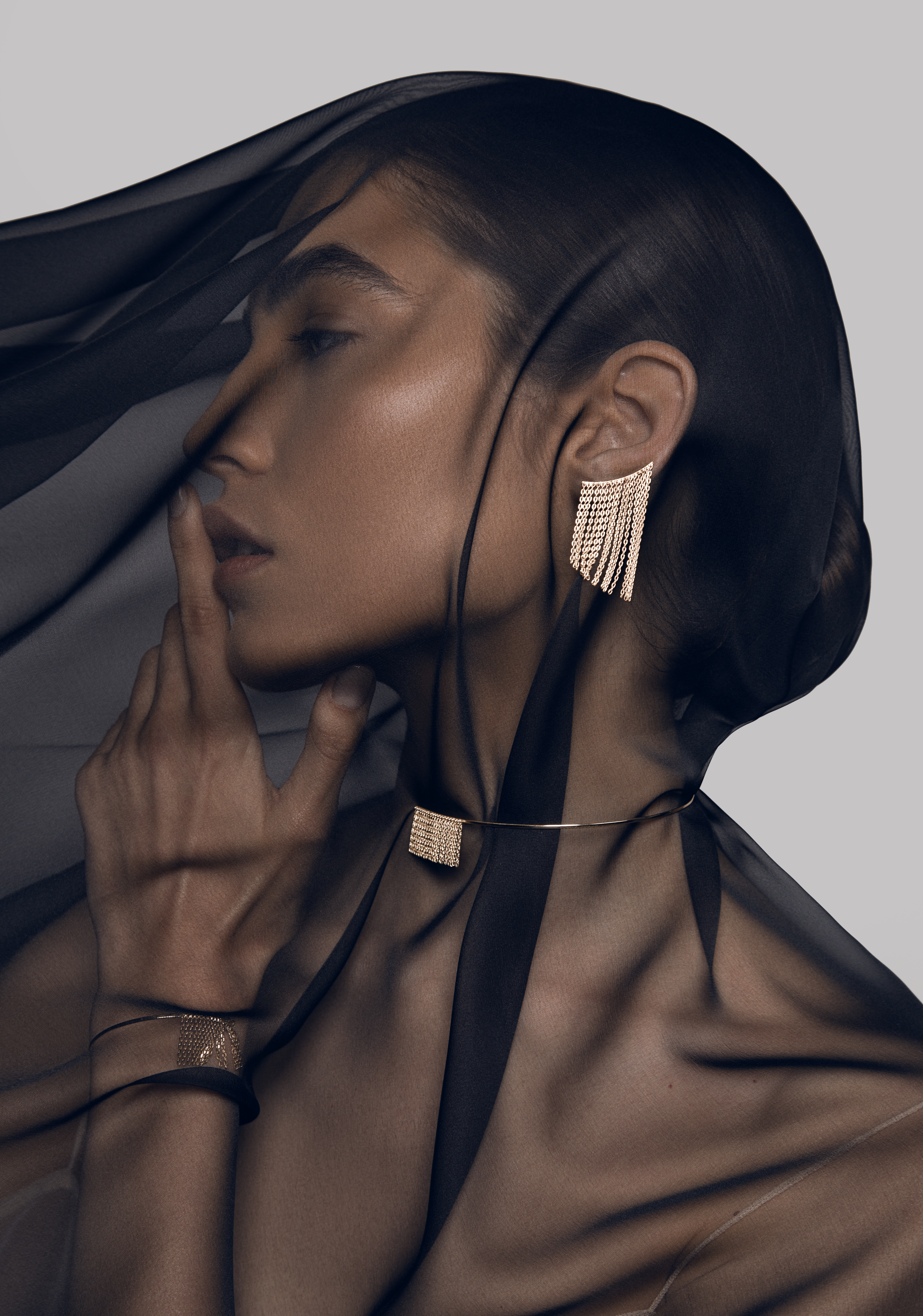 Middle Earrings by Guzema Fine Jewellery on curated-crowd.com