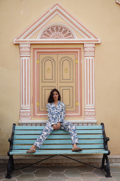 Amala Raja Set by Luna & Noon on curated-crowd.com
