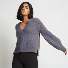 Kaya Ribbed Cashmere Sweater by Santicler on curated-crowd.com