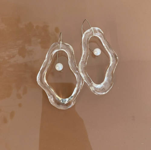 Oyster Whitstable (transparent) by Iria Ashimine on curated-crowd.com