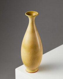 Vase designed by Berndt Friberg for Gustavsberg, Sweden, 1965. by Modernity on curated-crowd.com