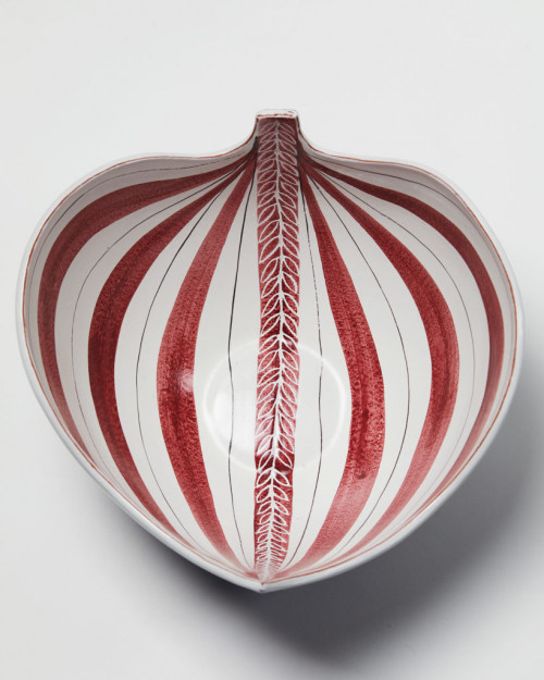 Bowl designed by Stig Lindberg, Sweden. 1950's. by Modernity on curated-crowd.com