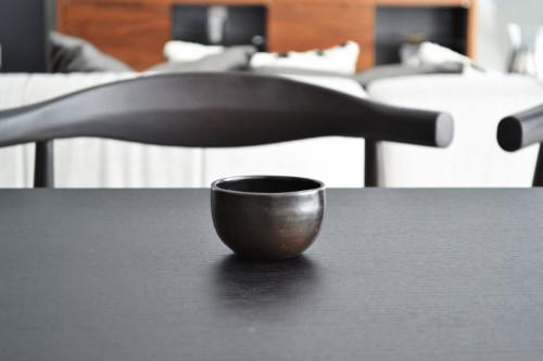 Set of 2 Beeswax Espresso Cups | Black Clay by La Muerte Tiene Permiso on curated-crowd.com