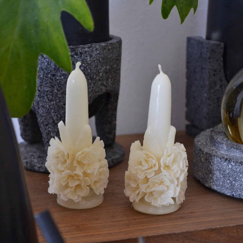 Floral Table Candle by La Muerte Tiene Permiso on curated-crowd.com