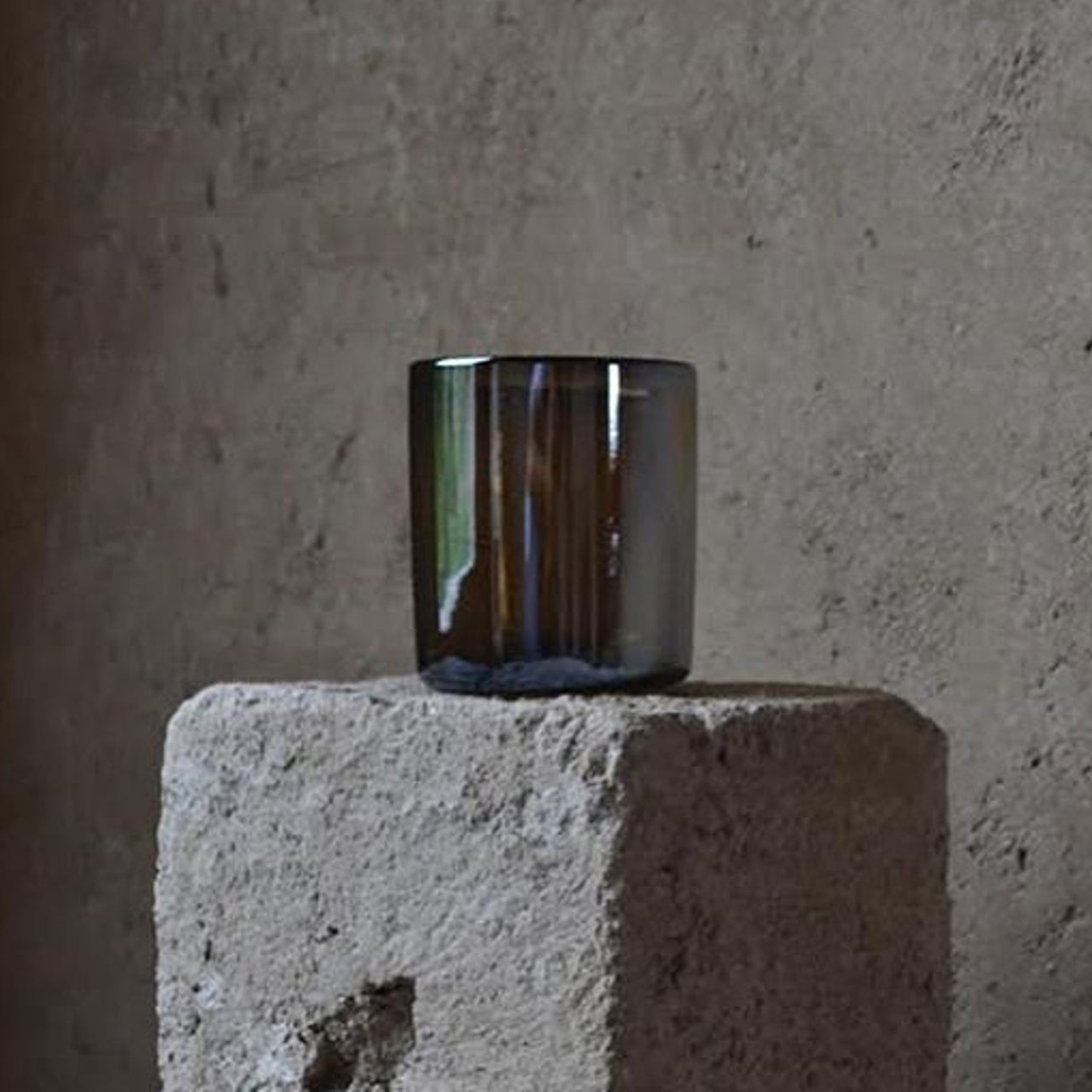 Chrome Vase by La Muerte Tiene Permiso on curated-crowd.com