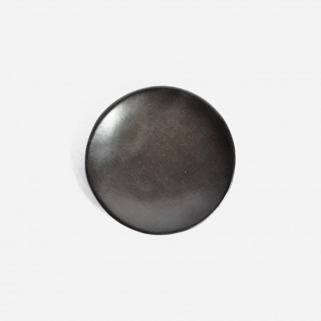 Set of 2 Beeswax Side Plates | Black Clay by La Muerte Tiene Permiso on curated-crowd.com