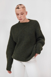 The Knotty Ones items on curated-crowd.com