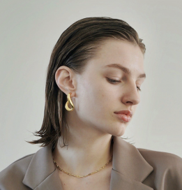 Lydia Earrings by Emili on curated-crowd.com
