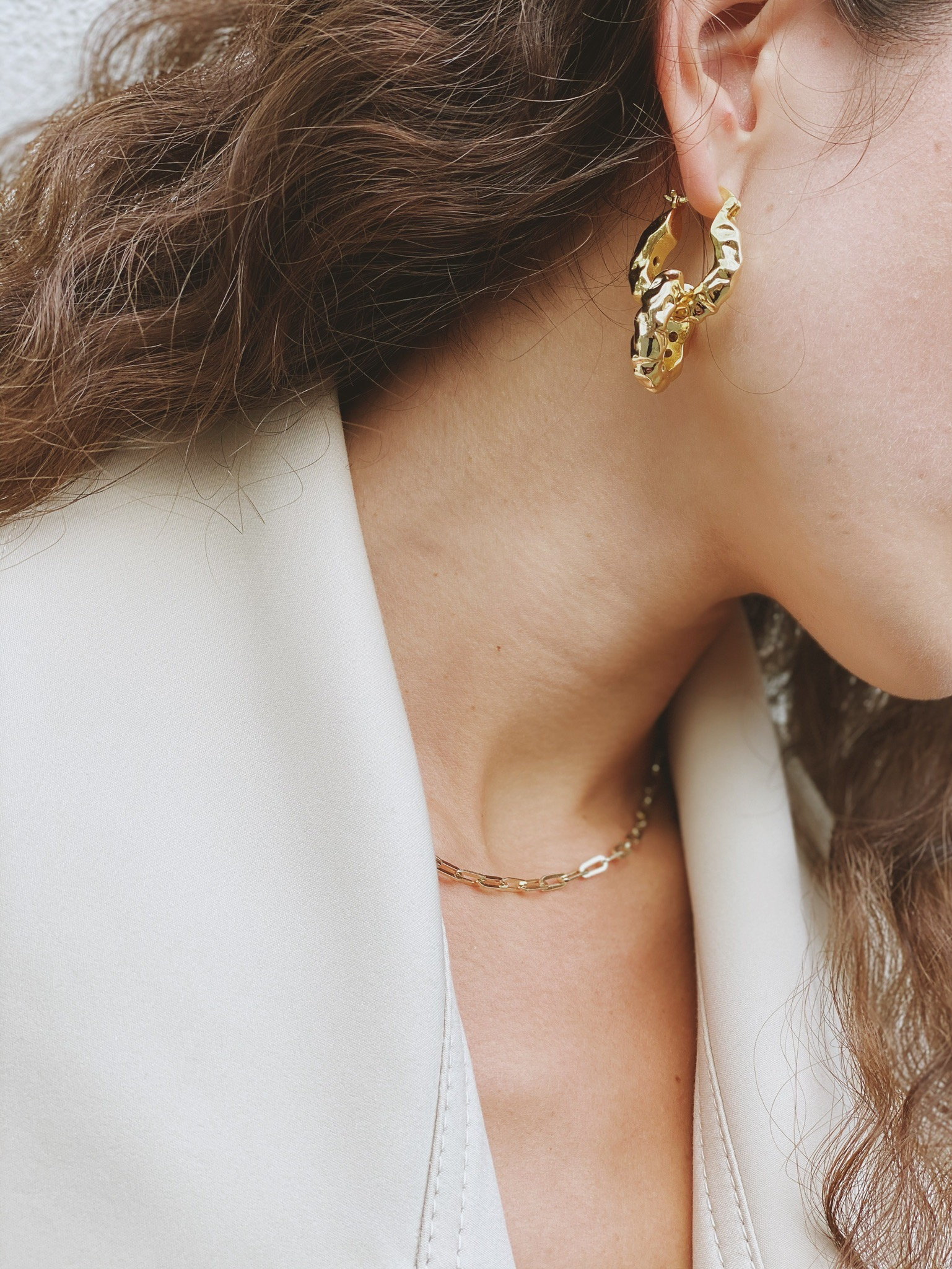 Arianna Earrings by Emili on curated-crowd.com