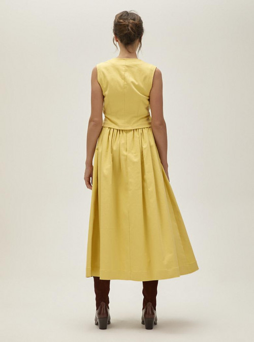 Paria Skirt by Faraway on curated-crowd.com