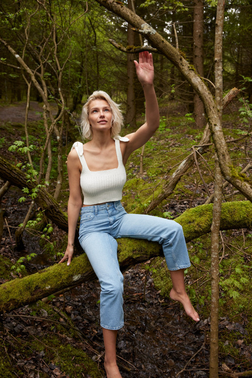 Juostų Crop Top by The Knotty Ones on curated-crowd.com