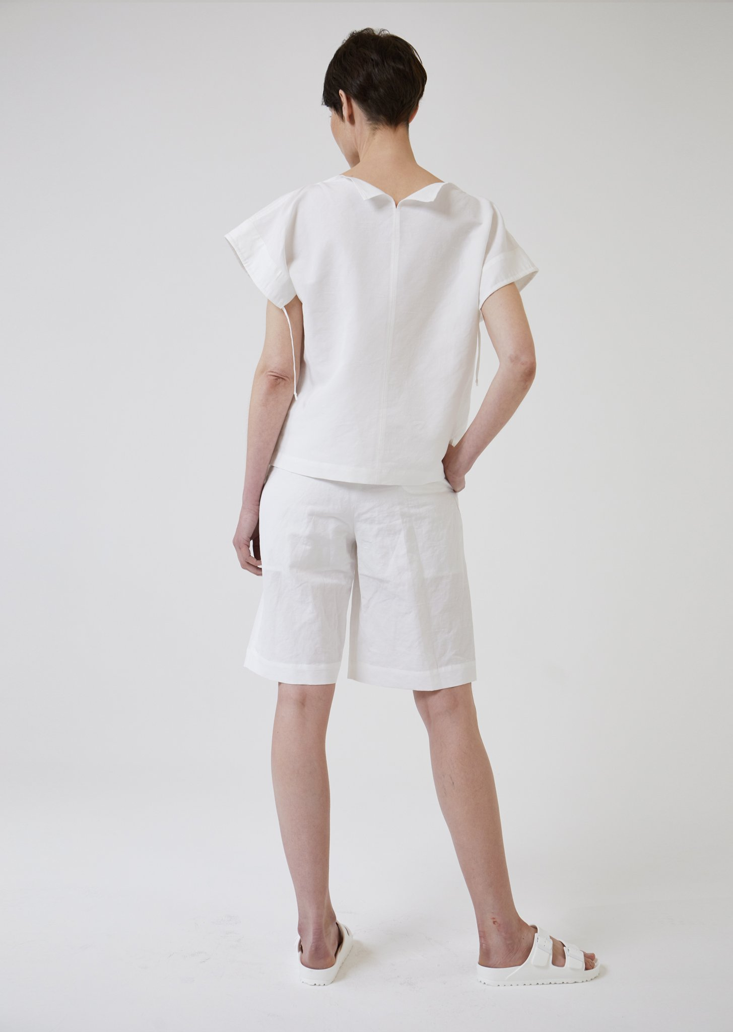 Reversible Boat Neck Linen-Blend Top by The Array on curated-crowd.com