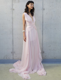 Teddy Gown by Manurí on curated-crowd.com