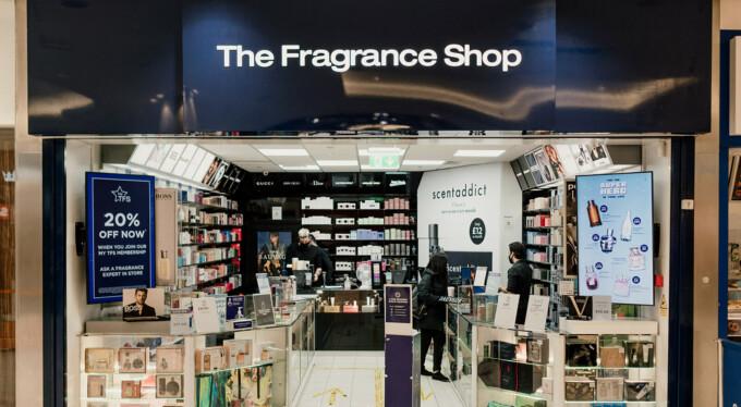 Atria Watford Shop Fronts 28