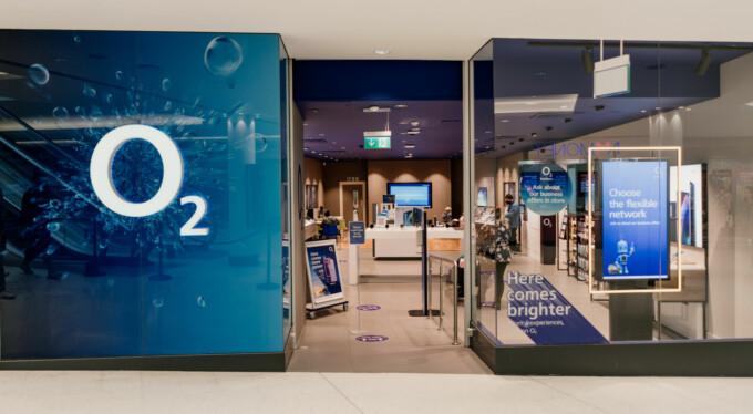 Atria Watford Shop Fronts 52