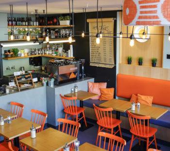 Cafe Tamra Food & Drink