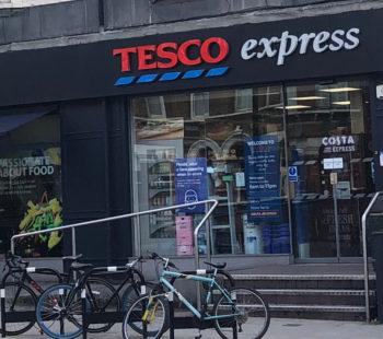 Tesco Express, Battersea Rise Shopping