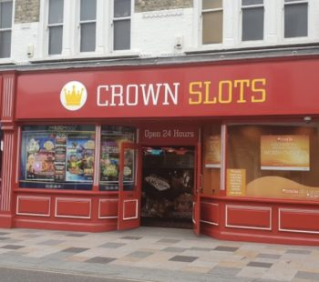 Crown Slots Arts & Entertainment